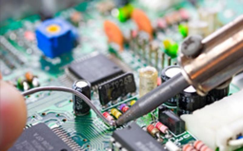 Diplomati online Perito Elettronico (Perito Industriale Elettronico)
